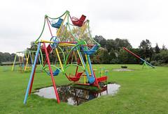 Vintage playground ferris wheel / merry-go-round (Studio Momoki) Tags: old wheel playground vintage thenetherlands carousel ferris merrygoround playgrounds ter caroussel buurse playgroundequipment huurne
