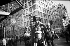Market St. (icki) Tags: sanfrancisco california ca street blackandwhite baby sunglasses downtown marketst december2015