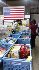 "Volunteer Day with National Honor Society - Somerset Academy • <a style=""font-size:0.8em;"" href=""http://www.flickr.com/photos/58294716@N02/26194828971/"" target=""_blank"">View on Flickr</a>"