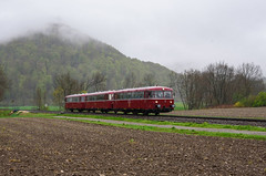 798 652+996 257+998 896 RAB (Daniel Powalka) Tags: panorama tree train deutschland photography photo nikon flickr track foto fotograf fotografie photographer photographie diesel photos natur wiese award wolken eisenbahn rail railway zug db fotos d750 bahn railways bume verkehr trainspotting wetter railroads artland acker schiene regio trainspotter zge autofocus nahverkehr badenwrttemberg schwbischealb fahrgste schienenbus regionalbahn fahrgast flickrsbest schienenverkehr flickrcenter flickraward dieselzug flickrphotoaward flickrawardgroup goldstaraward photonawards goldstarflickraward awardflickrbest nikonflickraward br798 flickrtravelaward flickrclickx nikond750 flickrphotosperfect