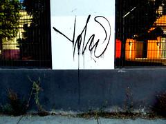 """Tag Chorreado"". (""YONO"") Tags: chile street black color rayas blanco up flow gris graffiti noche calle 21 amor no tag 4 negro el full master vandal splinter linares llegar gran estilo hiphop lina hay hip hop raya maestro plumon entrega secreto revolucin firma esp throw tinta pintor pintura yono xxi matiz pulso tagg chileno genio manejo ramas siglo volar mofli stylo 2016 adrenalina callejera 2015 chilito expresin rcord mofly a vandalo record graffitero chorreado expulso batir tags esplinter presiono"