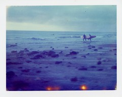 (Matt Chalky Smith) Tags: beach polaroid cornwall surf waves surfing week surfers speedgraphic roid tiltshift porthtowan instantfilm longboarder polaroidsilk expired2000 roidweek instantsurf polaroidsurf polaroidsurfing polaroidsurfphoto httpwwwinstantsurfcouk