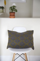 Crackle cushion (chickpeastudio) Tags: crackle handwoven
