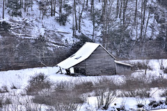 Leaning Barn (Kelly Lambert Photography) Tags: county winter snow mountains barn outdoor country north carolina ashe