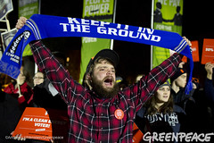 Support for Keep It In The Ground (Greenpeace USA 2015) Tags: usa democracy durham newhampshire vote republican democrat keepitintheground