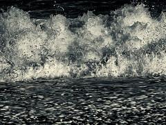 Wave surf   ... ; (c)rebfoto (rebfoto ....) Tags: blackandwhite bw surf breakingwave seafury waterwave wavesurf rebfoto