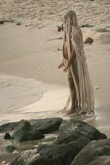 Dia de Iemanj - Yemanj Day (adelaidephotos) Tags: sea brazil man praia beach rio brasil riodejaneiro mar dusk religion praying offering homem mythology worshipper devoto anoitecer religio orao iemanj yoruba orisha mitologia umbanda prece yemanja praiadoleme orix oferenda yemoja yemany diadeiemanj lemebeach mariaadelaidesilva yemanjday