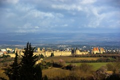 Carcassonne (Aude) (PierreG_09) Tags: tour cit aude carcassonne muraille languedocroussillon rempart lrmp
