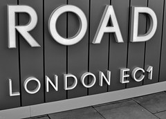 'A Road, London EC1' (EZTD) Tags: inglaterra england london sign photography foto image photos photograph fotos londres angleterre ingles lin islington londra ec1 cityoflondon londinium 2016 cityroad londonist londonengland capitalcity londonistas nikon35mm linphotos thisislondon mylondon nikond90 londonimages imagesoflondon londonista allabouttheimage eztd eztdphotography eztdphotos eztdgroup londonimagenetwork pictoriallondon londonmylondon eztdfotos february2016 photosdelondres 250cityroad