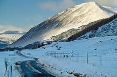 Glen Lyon in Winter (sort of ) (eric robb niven) Tags: winter snow nature walking landscape scotland landscapes outdoor hills glenlyon ericrobbniven