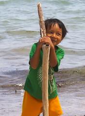 A local boy on Bulabog Beach, Boracay island, Western Visayas, Philippines (Darius Travel Photography) Tags: pentax philippines boracay filipinas pilipinas boracayisland    pentaxk100dsuper   filipinai