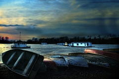 Tranquility (Gaby Swanson, Photographer) Tags: sunset sky lake landscape boats photography lakeerie pennsylvania l erie houseboats presqueisle eriepa lakeeriesunsets palandscape paseascapes presquesislestatepark