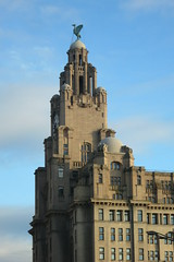 Soaring high (LEALSWEE) Tags: architecture liverpool artdeco mersey liverbuilding jerseyside