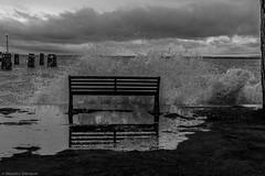 (Massimo_Discepoli) Tags: bw lago nuvole cielo acqua sedie molo lampioni oggetti trasimeno lagotrasimeno luoghi splashes passignano