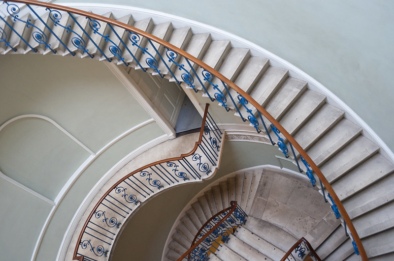 """Somerset House staircase<a href=""""http://www.flickr.com/photos/28211982@N07/26033913651/"""" target=""""_blank"""">View on Flickr</a>"""
