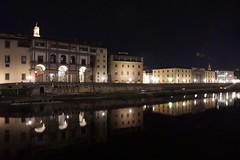 FIRENZE BY NIGHT... (Henryark) Tags: water skyline architecture night river florence mr tuscany uffizi arno mirroring lungarno