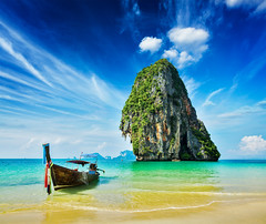 Long tail boat on beach, Thailand (Galeria Zullian & Trompiz) Tags: travel blue sea summer vacation holiday tourism beach nature water rock stone relax asian thailand boats island boat sand holidays rocks asia turquoise resort clean clear thai tropical summertime concept traveling conceptual relaxation longtailboat krabi andamansea longtailboats