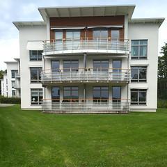 Seatons Strand III (hansn (2.5+ Million Views)) Tags: building architecture modern design sweden contemporary architect sverige lerum larsiwdal arkitektbyrån arkitektbyran seatonsstrand seatonsalle