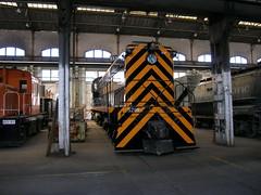 SP 5208 Sacramento 9-22-05 (jsmatlak) Tags: railroad museum train engine sp shops locomotive sacramento csrm