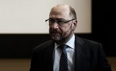 Martin Schulz (jonashellmann) Tags: politik martin spiegel eu des aachen sozi brssel fh fachhochschule spd schulz politiker hoffnung staaten karlspreis sozial prsident sorgen preistrger mitglied parlaments europischen staatsmann mitgliedstaaten sozialdemograten