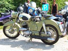 PUCH 175 SV (John Steam) Tags: vintage austria meeting motorbike motorcycle oldtimer obersterreich puch motorrad neukirchen oldtimertreffen zweitakt vckla 175sv stehrerhof voeckla doppelkolben