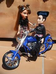 Yasmin and Eitan ^^ (it's_a_secret) Tags: punk pretty dolls n boyz yasmin mga bratz