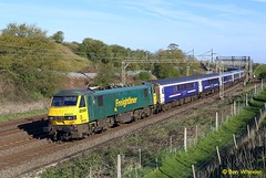 90041 Old Linslade 30-04-16 (benwheeler) Tags: old london euston inverness sleeper caledonian freightliner linslade 90041 1m16