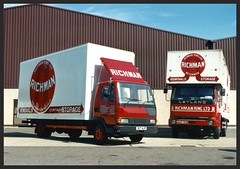 Leyland Roadrunner and Freighter (SemmyTrailer) Tags: richman removals leyland pantechnicon a647oud