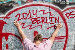 East Side Gallery 2014 (Gianluca Vecchi Photography) Tags: street woman streetart color berlin art history colors girl germany painting daylight hands mural day outdoor text streetphotography berlinwall ddr murales wallpainting gdr eastberlin eastgermany eastsidegallery