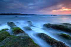 Rocks and Cloud (appi U) Tags: longexposure cloud seascape rock