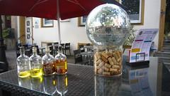 Rhum & Jin (xiaolifra) Tags: jin tavolo liquore rhum alcol ampolla tappo alcolici alcolico liquori jintonic sughero tappidisughero