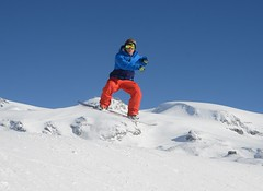 Snow Park (Saramanzinali) Tags: park winter snow sport snowboarding jump hiver neve salto neige inverno snowboarder breuil cervinia salti invernali