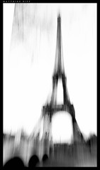 Life beats down and crushes the soul and art reminds you that you have one. ~Stella Adler (mripp) Tags: street city urban white black paris art zeiss 35mm kunst sony eiffel full your stadt frame eiffelturm strafe knste rx1rii
