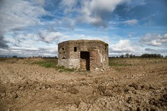 Pillbox (StuMcP) Tags: norfolk ww2 remote defence dadsarmy