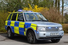 BX09 VPC (S11 AUN) Tags: car traffic police rover land vehicle roads emergency rangerover command patrol warwickshire unit 999 hse rpu operational policing opu anpr tdv8 bx09vpc