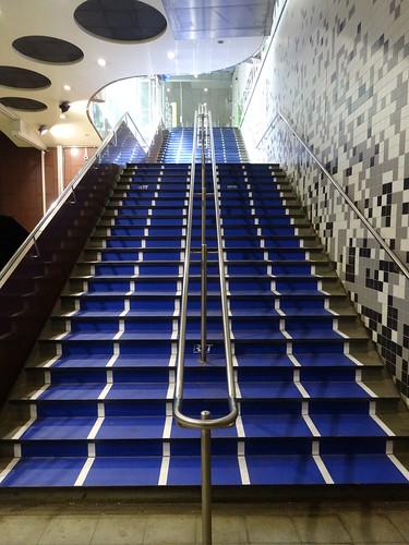 Rotterdam: Stairs at Wilhelminaplein
