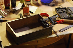 (eflon) Tags: building box lockbox clamping