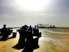 """""""Descanso nuboso"""" (atempviatja) Tags: playa sombras descanso asientos"""