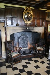 20160409_6802 inside Batemans House (williewonker) Tags: room hearth