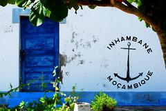 Inhambane. (CatastroF) Tags: africa travel blue praia friendship amizade azzurro viaggi amicizia amistad mozambique inhambane moambique tofo mozambico almosthome viaggiare andare viajosola nossaterragloriosa