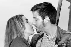 Doux baiser... (Yannick Galeski) Tags: love amour passion regard amoureux sentiments