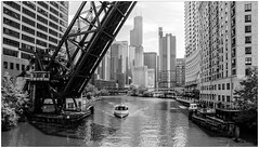 Chicago, Illionois (CvK Photography) Tags: city bridge summer bw usa holiday chicago monochrome skyline canon us illinois cityscape verenigdestaten