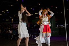 Insomnia 30-04-2016--40 (Philip Gillespie) Tags: costumes red white black colour up field contrast canon computer children photography prime scotland costume edinburgh dof play dress purple princess cosplay flash indoor games gaming event le kawaii insomnia depth tartan multiplay sequent insomniascotland cuirot alduts
