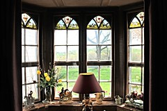 Ladew Manor House ~ office window - HWW! (karma (Karen)) Tags: flowers windows maryland stainedglass lamps scenes monkton estates manorhouse historichomes ladewtopiarygardens viewbeyond nrhp harfordco