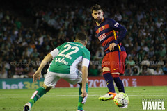 Betis - Barcelona 091 (VAVEL Espaa (www.vavel.com)) Tags: fotos bara rbb pique fcb betis 2016 fotogaleria vavel futbolclubbarcelona primeradivision realbetisbalompie ligabbva betisvavel barcelonavavel fotosvavel juanignaciolechuga