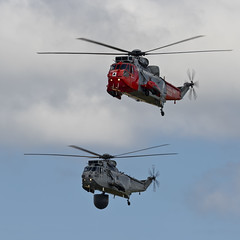 Westland Sea King HU5 and ASaC7 - 1 (NickJ 1972) Tags: aviation airshow westland 92 seaking sikorsky 2015 airday s61 rnas culdrose cu24 hu5 xz920 asac7 ze422