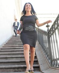 19153317504_c72b958218_b (ALVIN-AL (read my profile)) Tags: sexy legs mature miniskirt milf piernas minidress ministra minifalda culona faldita poposuda pollerita potona apretadita potonsita culonsita