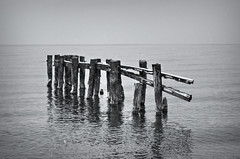 Fifty Point Groynes 2 (Paul B0udreau) Tags: bw snow ontario canada water nikon samsung niagara master layer pilings lakeontario groyne grimsby ribbet nikkor50mm18 tonemapping fiftypoint d5100 samsungmaster paulboudreauphotography nikond5100 photoshopcc