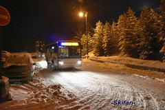 Navette gratuite (-Skifan-) Tags: soir lesmenuires 3valles les3valles skifan