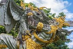 _71K4687.jpg (Pete Finlay) Tags: bali statue bedugul hindustatue balibotanicgarden